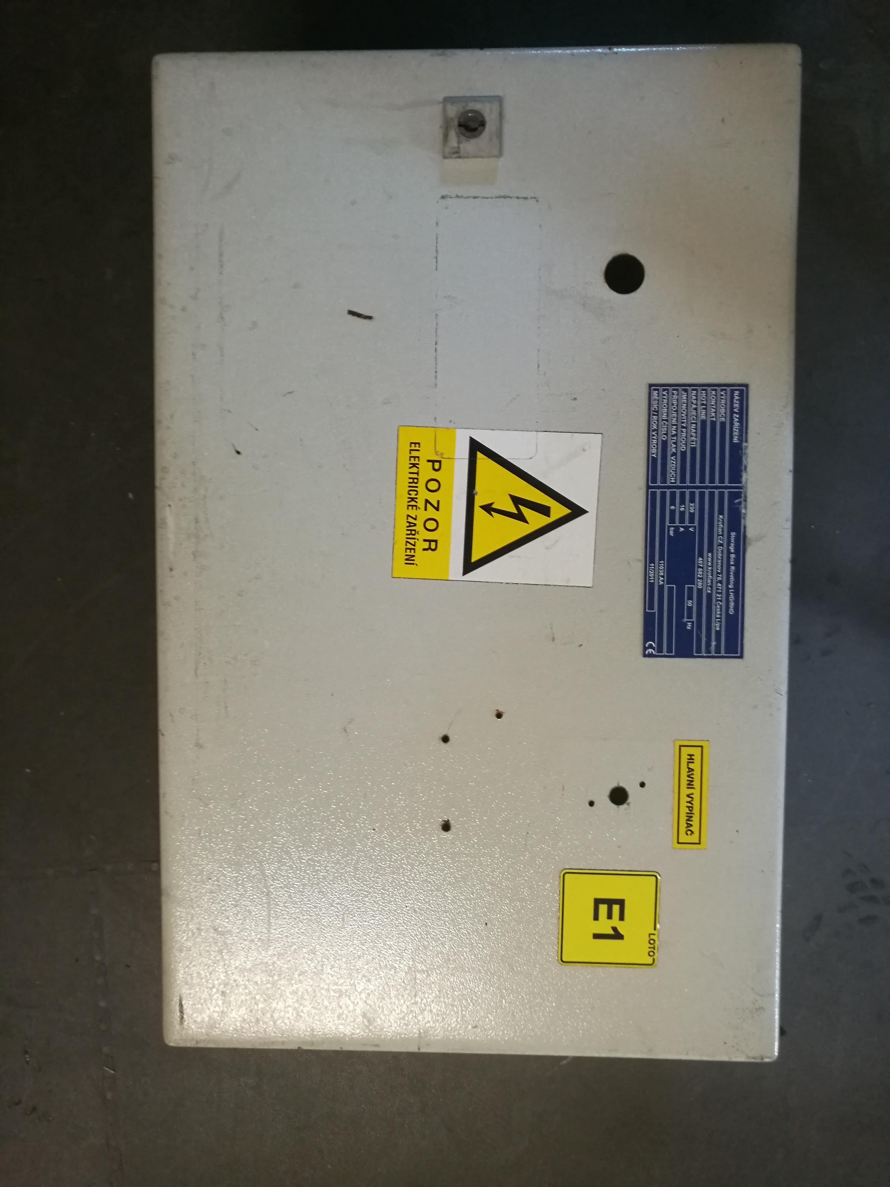 Rozvaděčová skříň Rittal 60x38