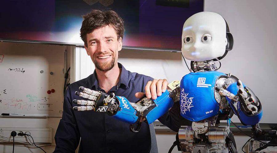 Na ČVUT pracují s robotem, který je vybavený všemi smysly, svět vnímá podobně jako člověk