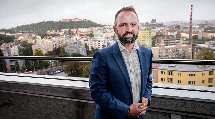 """""""Nemůžeme jen tak zavřít dveře a jít pryč,"""" říká ředitel MSV v Brně Michalis Busios"""